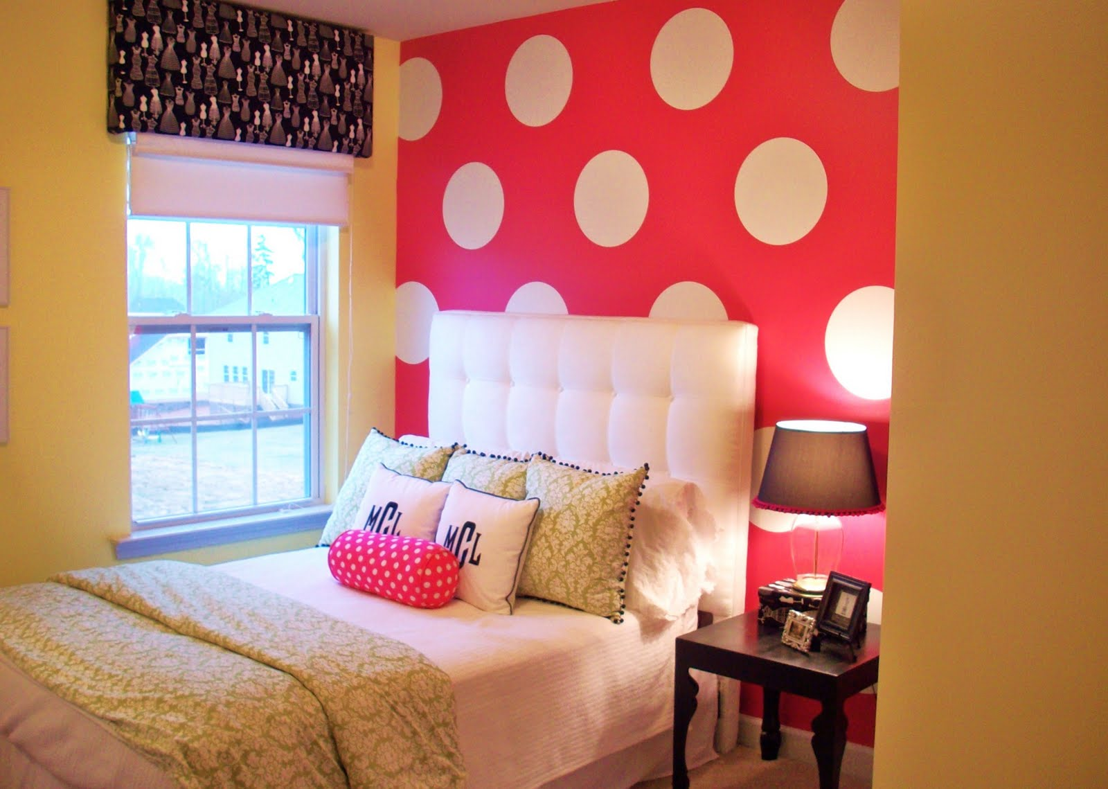 Pink bedroom ideas Teenage bedroom wall designs