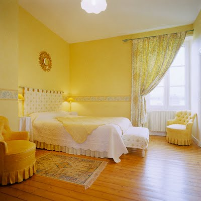 Bedroom on Cool Yellow Bedroom Decor Ideas August 10  2011 Featured   Lifestyle 0