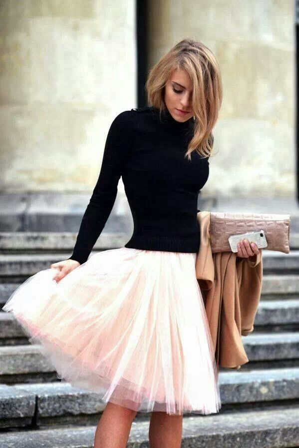 Winter Outfit Ideas: Trendy Ways to Wear a Turtleneck